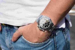 Replica Rolex Daytona Reference 116520 Watch Guide 2017
