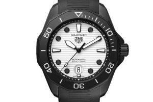 Description of The Replica TAG Heuer Aquaracer Professional 300 Night Diver Watches 1